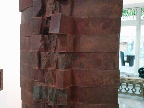 Escultura d'Alberto Udaeta